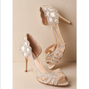 Badgley Mischka Marla peep toe pumps 8.5